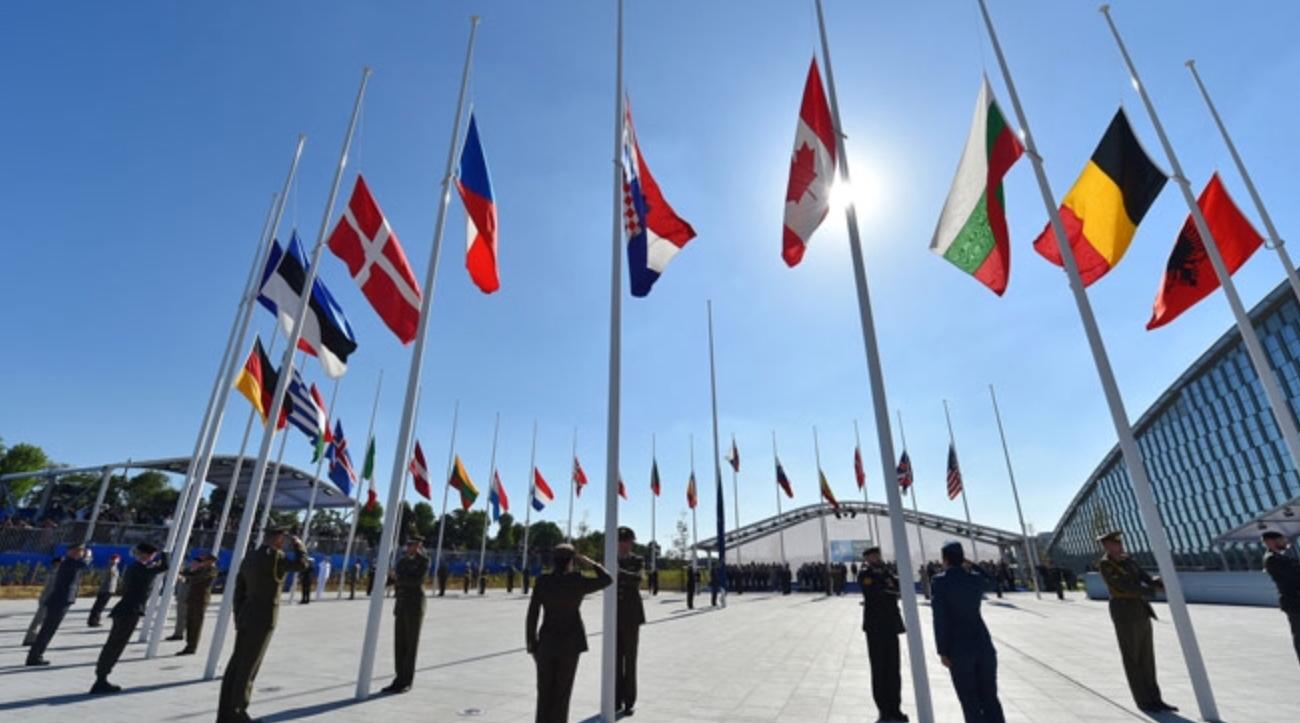 Photo of NATO: Koha për të rishqyrtuar një aleancë