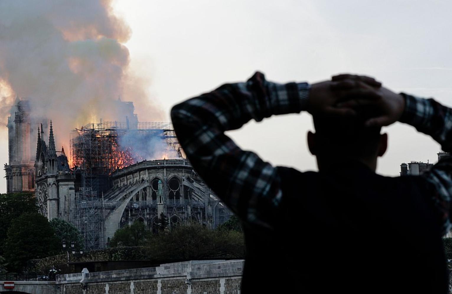 Photo of Konspiracioni: A ishte shkrumbimi i Notre-Dame një incident?