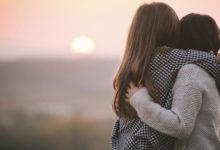 Photo of Miqësia është si dashuria: ajo transformohet, por mbetet