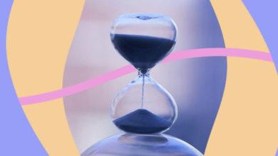 """Photo of """"Koha është"""", poezia e bukur që na mëson mbi relativitetin e kohës"""